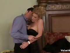 Kissing and licking a gorgeous blonde girl tubes