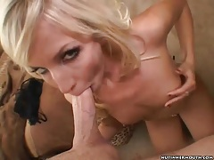Dick sucked by a bleach blonde babe tubes
