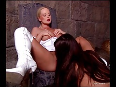 Sylvia Saint in lipstick does lesbian porn tubes