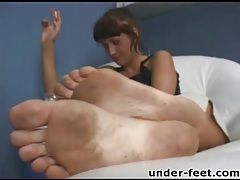 Clean her dirty feet in femdom instruction tubes