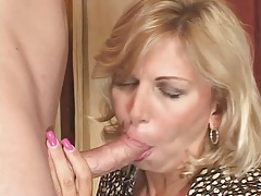 Fat mom fucked with vigorous passion in great video tubes