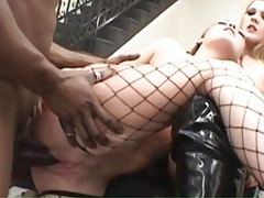 Slutty young women laid in interracial threesome tubes