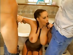 Big tits Gianna Michaels blows lots of guys tubes