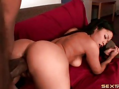 Thickest dick in porn stretches her wet young pussy tubes