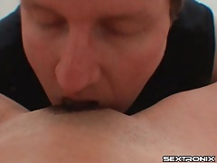 He goes down on pussy in POV tubes