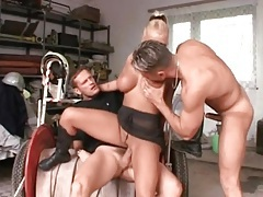 Pierced and tattoed bimbo fucked in threesome tubes