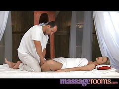 Massage rooms hot young girls leg and foot massage orgasm tubes