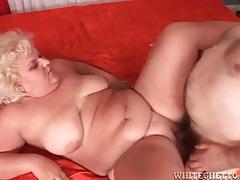 Fat mature slut jiggles as old guy fucks her tubes