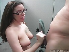 Office nerd gives a blowjob from her knees tubes