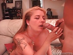 Hairy mom fuck and a cumshot in her pubes tubes