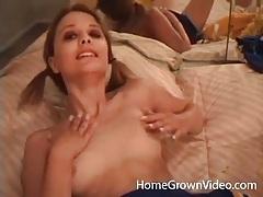 Cheerleader masturbates her sexy wet pussy tubes