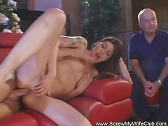 Mrs. little likes stranger swinger sex tubes