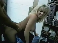 Retro fuck of a cutie laid in the cunt from behind tubes