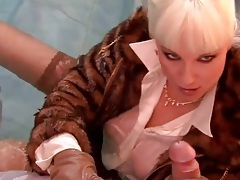 Clothed girl sucks a hard dick in the pool tubes
