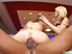 Both beauties give him the asshole in butt fuck video tubes