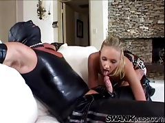 Latex fetish couple in a hot blowjob video tubes