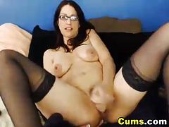Horny glasses girl fucks her pussy tubes