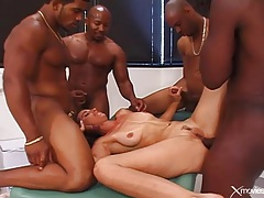 Interracial gangbang ends with cumshots on her face tubes