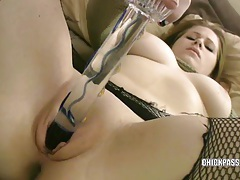 Cute college girl mia is fucking a toy tubes