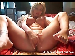 Sexy big round tits on finger fucking blonde tubes