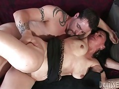 Fat body mature slut fucked in hairy cunt tubes