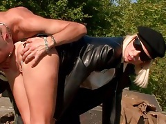 He tongues and fingers slut in leather skirt tubes