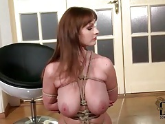Big tits brunette does bondage in the nude tubes