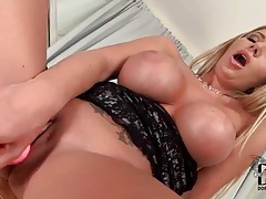 Her fake tits are sexy in dildo sex video tubes