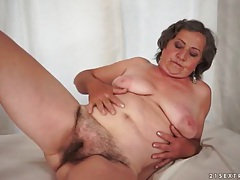 Hairy mature pussy modeled and licked by young man tubes