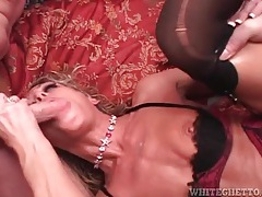 Huge load of cum leaks from fucked mom pussy tubes