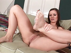Her painted toenails are gorgeous in solo movie tubes