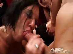 Double penetrations and heavy anal in gangbang tubes