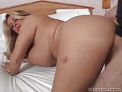 Huge tits girl has doggystyle hardcore sex tubes