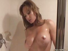 Milf squirts on motorcycle tubes