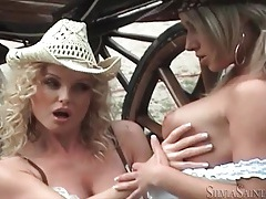 Outdoor photo shoot fun with sexy ladies tubes