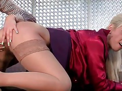 Finger fucking lezzies in stockings and skirts tubes