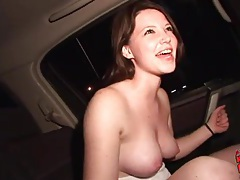 Teen shows her tits and toy fucks in the car tubes