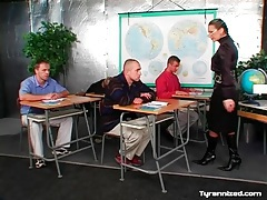 Mistress is the teacher of this class of men tubes