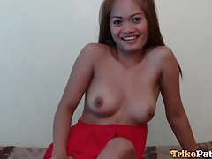 Filipina strips off her top and sucks a dick tubes