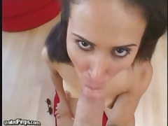 She swallows many cumshots in her mouth tubes