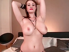 Sexy lipstick on big natural tits girl tubes