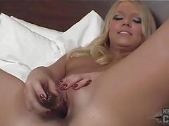 Long and glamorous blonde hair on dildo fuck girl tubes