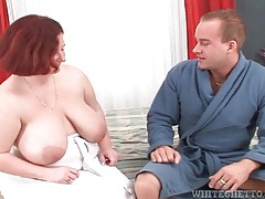 Fat girl serves him breakfast and sucks his cock tubes