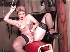 Solo big ass babe in stockings dildo fucks solo tubes