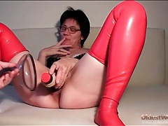 Mature couple enjoys latex fetish play tubes