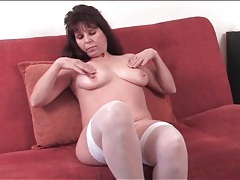 Fat ass old chick in white lingerie strips tubes