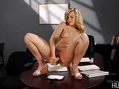 Britta is studying her own vagina in her woman's study group. the more research, she does the more she gets turned on. tubes