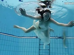 Sexy underwater swimming video with babe tubes
