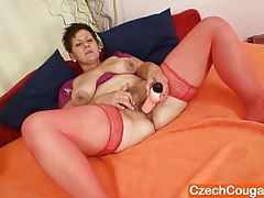 Amateur housewife plus huge natural breasts tubes