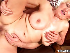 Mature blonde janka gets fisted and fucked tubes